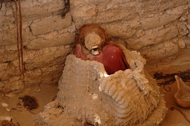 nasca-mummy